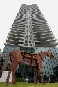relic horse